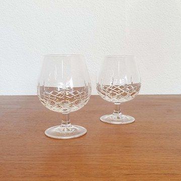 Twee vintage cognac glazen