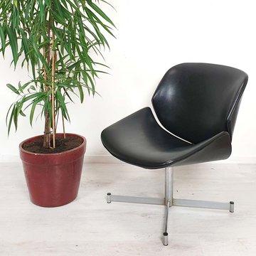 Vintage fauteuiltje, originele zwarte bekleding