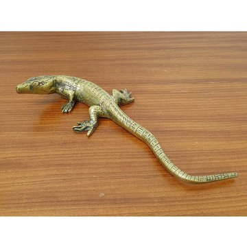 Messing salamander