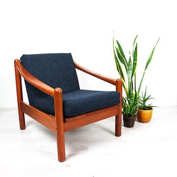 Vintage fauteuil, opnieuw gestoffeerd donkerblauw