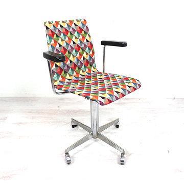 Vintage bureaustoel, geblokte stof