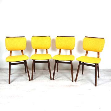 Vier stoelen, opnieuw gestoffeerd