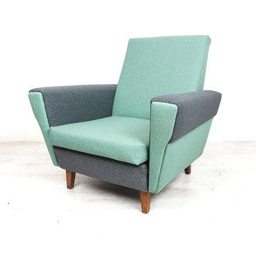Vintage fauteuil, gestoffeerd in mint en grijs