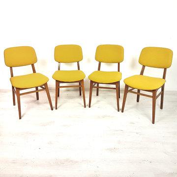 Vier vintage stoelen, opnieuw gestoffeerd