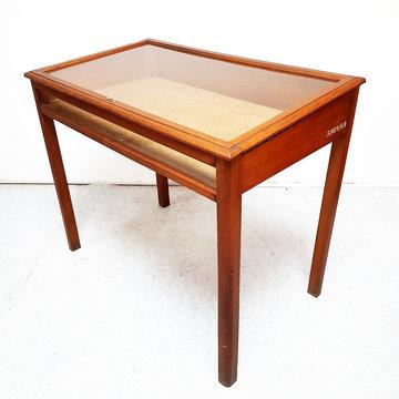 Vintage presentatietafel