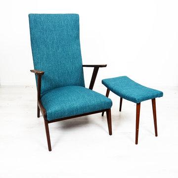 Vintage fauteuil en voetenbankje