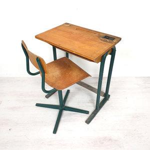 Vintage school tafeltje + stoeltje