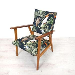 Vintage fauteuil, opnieuw gestoffeerd met unieke stof!
