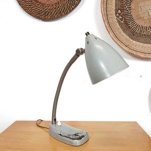 Vintage grijs bureaulampje