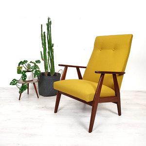 Vintage okergele fauteuil