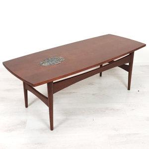 Vintage salontafel, ingelegde tegeltjes