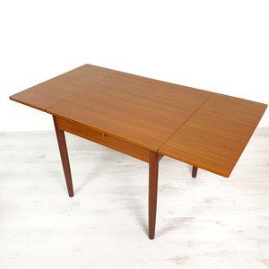 Vierkante Eettafel Uitschuifbaar.Vintage Vierkante Eettafel Uitschuifbaar