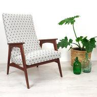 Vintage fauteuil, opnieuw gestoffeerd