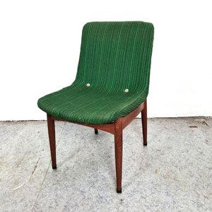 Vintage stoel, originele bekleding